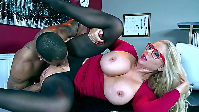 Black cock fuck video Kleiner Pussy Teenager fuck