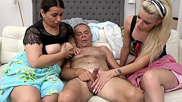 massive tits amateur creampie